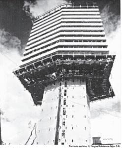 Así lucía el UGI durante su construcción. Foto cortesía de H. Vargas Rubiano e hijos S.A.