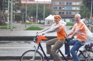 Marion S. Kappeyne van de Coppello en la ciclovía naranja