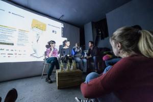 Anna, Inga y Sandra durante la presentación de la película