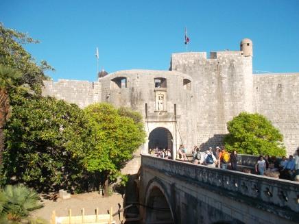 Entrada principal a la ciudad antigua de Dubrovnik