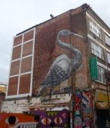 La grulla, del belga Roa, fue pintada en 2010