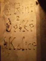 Firma de uno de los autores de las esqueléticas obras