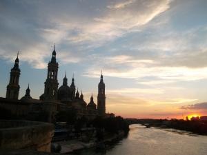 Zaragoza y su río Ebro