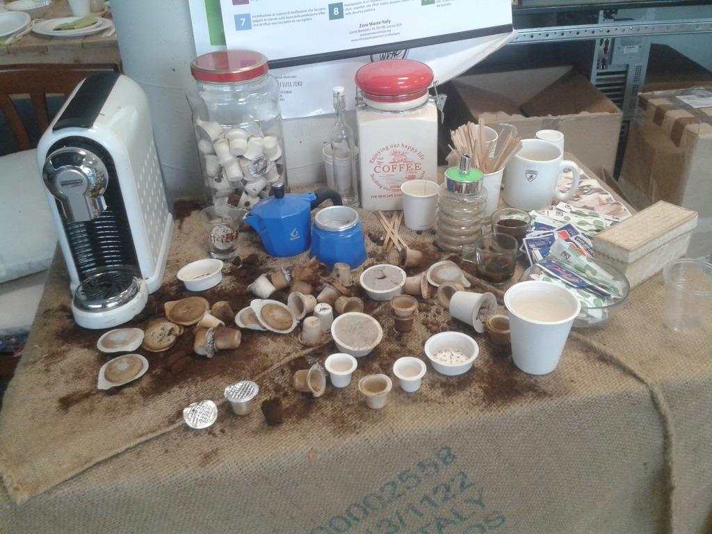 Rossano ha trabajado junto a las empresas para diseñar cápsulas de café recuperables